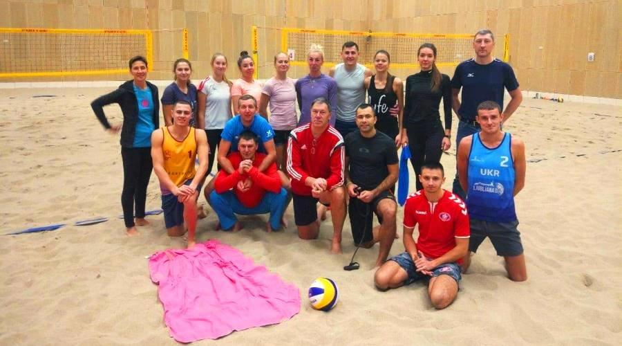 Волейболистки Черноморской ДЮСШ попали на тренировку Национальной сборной в Гааге, фото-12