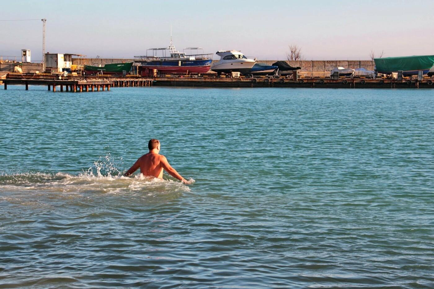 В Черноморске прошли крещенские купания, фото-7