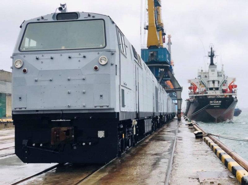 В Черноморск прибыли 5 локомотивов из США  (фото), фото-2