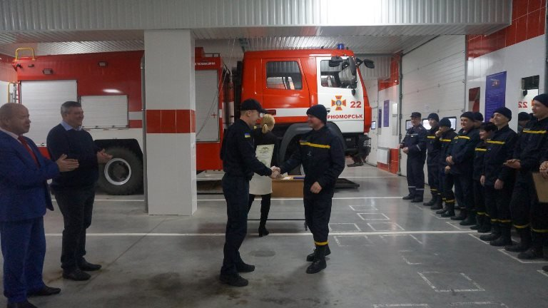 В Черноморске награждали спасателей в честь 45-летнего юбилея  создания городской службы, фото-5