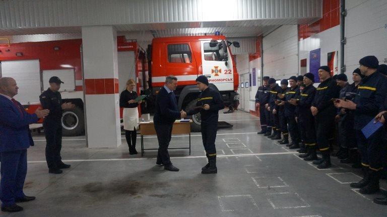 В Черноморске награждали спасателей в честь 45-летнего юбилея  создания городской службы, фото-4