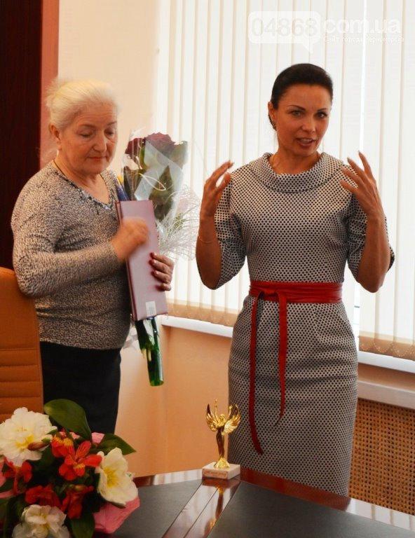 В Черноморске начался прием документов для участия в конкурсе «Женщина года», фото-1