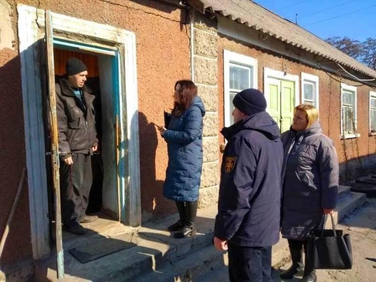 Забота, опека, помощь: в Черноморске сотрудники экстренных служб провели рейд «Семья – 2019» , фото-2