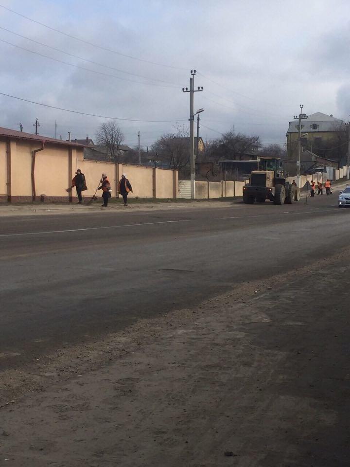 Под Черноморском приводят дороги в порядок, фото-2