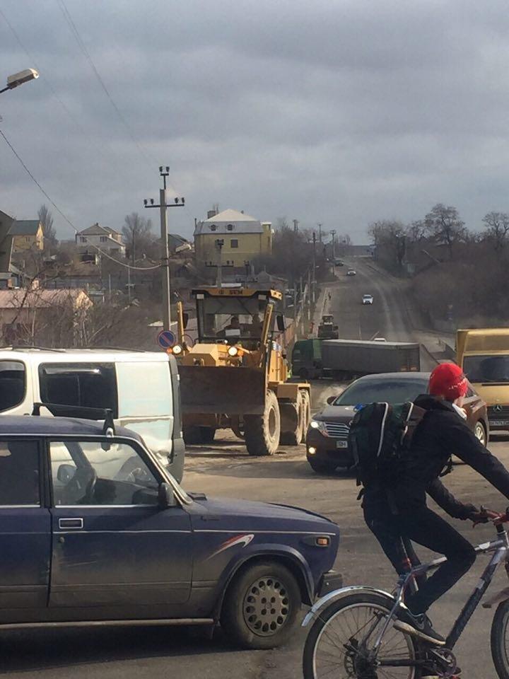 Под Черноморском приводят дороги в порядок, фото-4