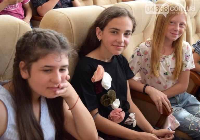 «Великолепная семёрка»: 7 талантливых юных жителей Черноморска станут обладателями стипендии областного совета, фото-7