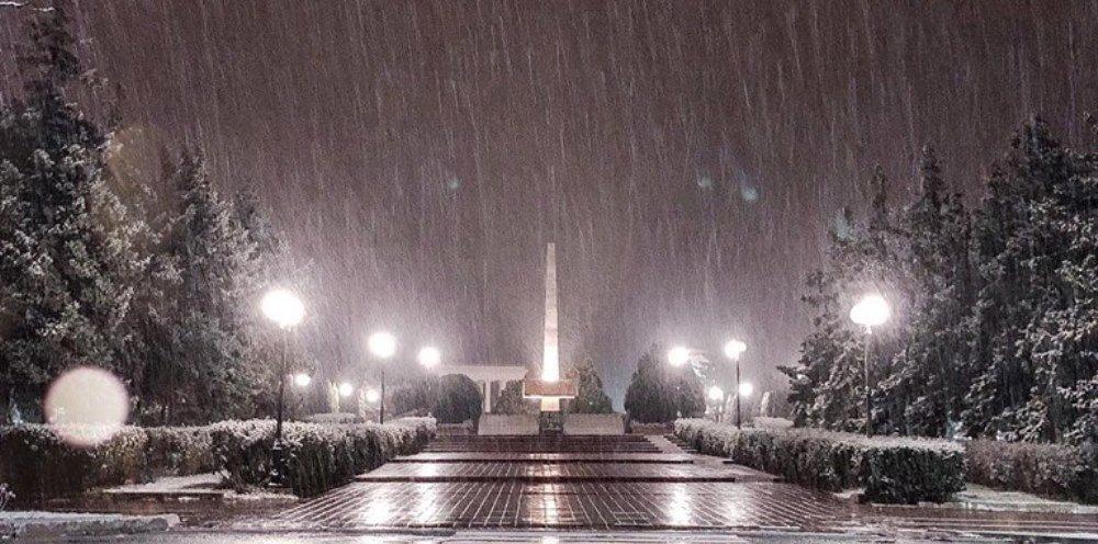 Завтра в Черноморске выпадет мокрый снег, фото-1