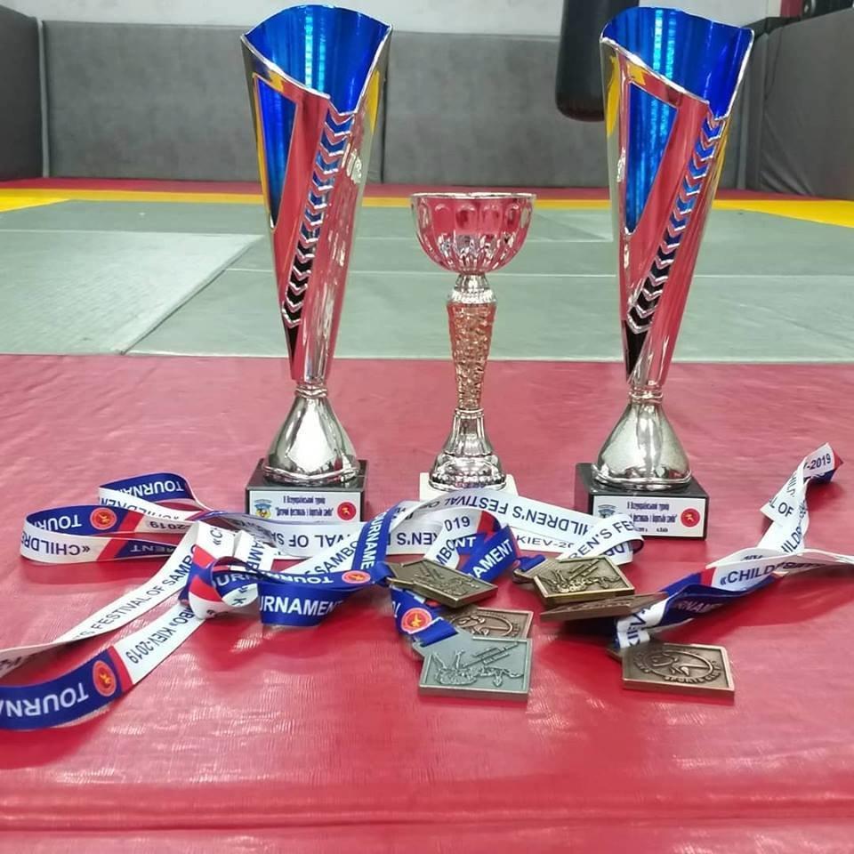 Черноморские самбисты уверенно побеждают на престижных турнирах, фото-1