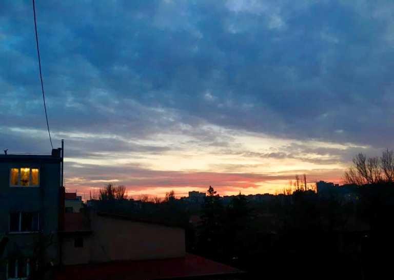Закат накануне весны: жители Черноморска поделились завораживающими фотографиями, фото-18