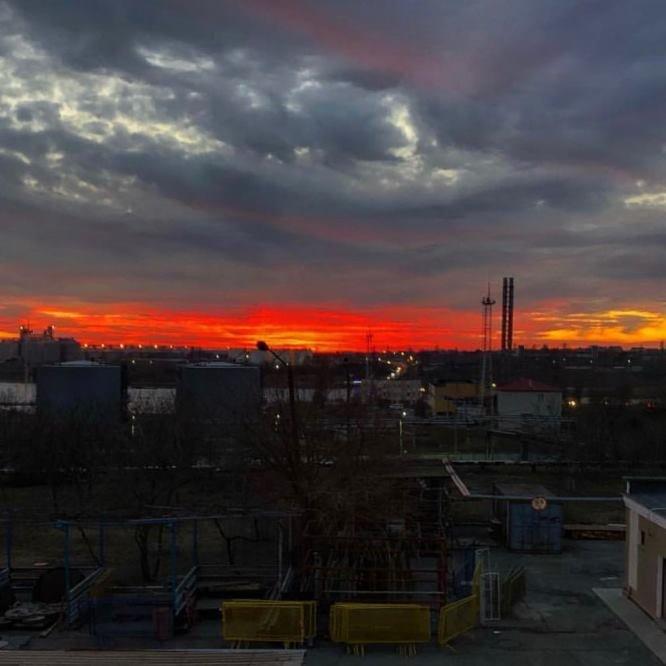Закат накануне весны: жители Черноморска поделились завораживающими фотографиями, фото-29