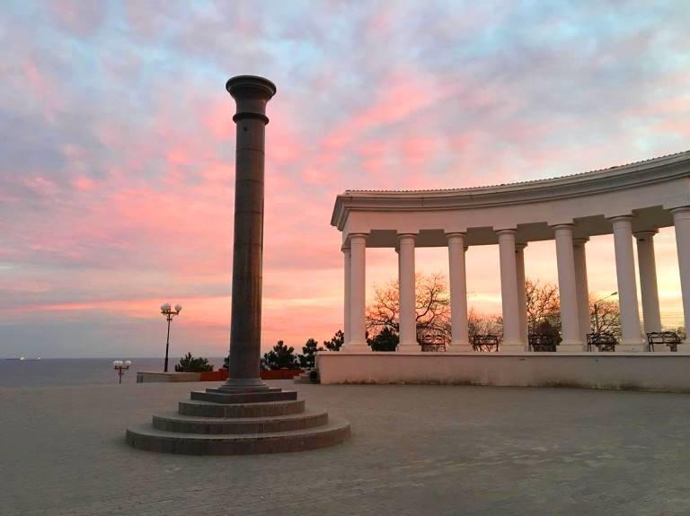 Закат накануне весны: жители Черноморска поделились завораживающими фотографиями, фото-1