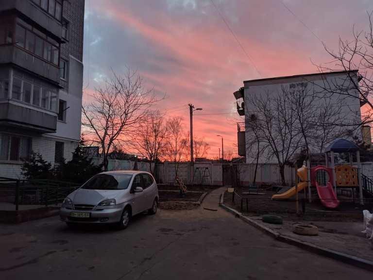 Закат накануне весны: жители Черноморска поделились завораживающими фотографиями, фото-11