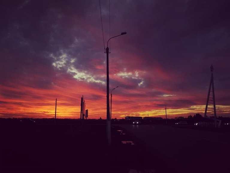 Закат накануне весны: жители Черноморска поделились завораживающими фотографиями, фото-30