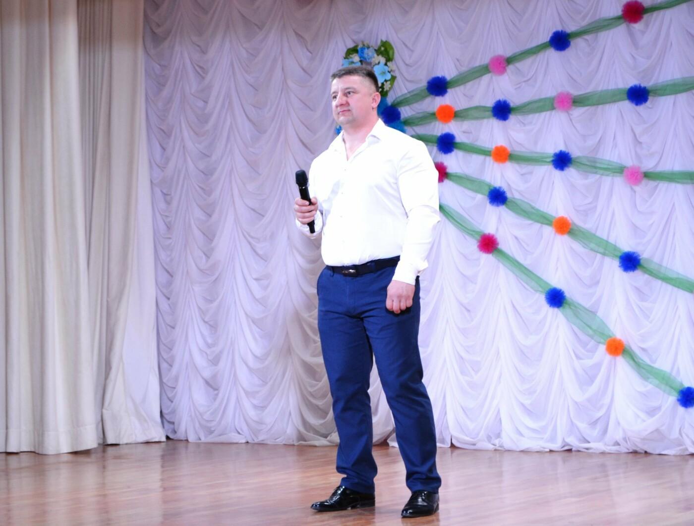В селе Малодолинское поздравили женщин с 8 Марта, фото-12
