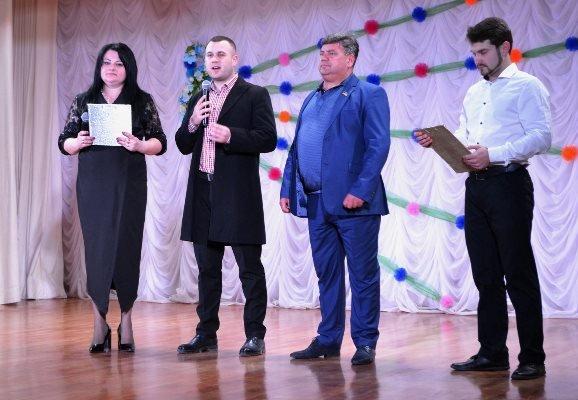В селе Малодолинское поздравили женщин с 8 Марта, фото-2