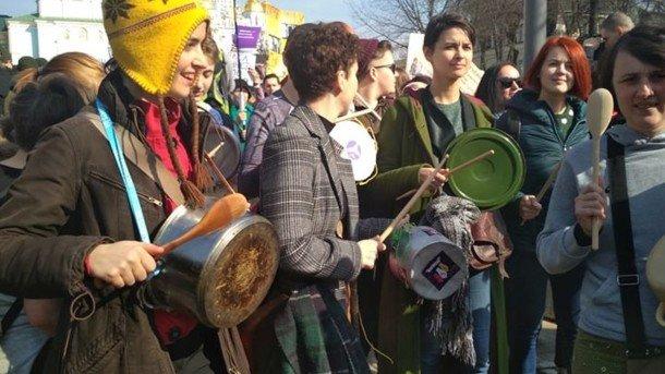 Женские марши, авторалли и праздничный общественный транспорт: Как Украина отпраздновала 8 Марта, фото-1