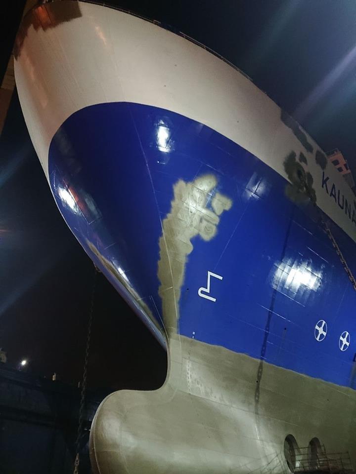 Заполненные доки и яркие логотипы: судоремонтный завод стремительно набирает обороты (ВИДЕО), фото-3