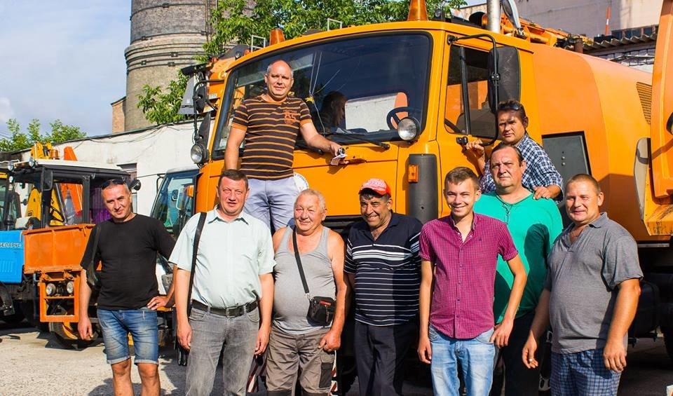 В Черноморске поздравили с профессиональным праздником сотрудников коммунальных предприятий, фото-12