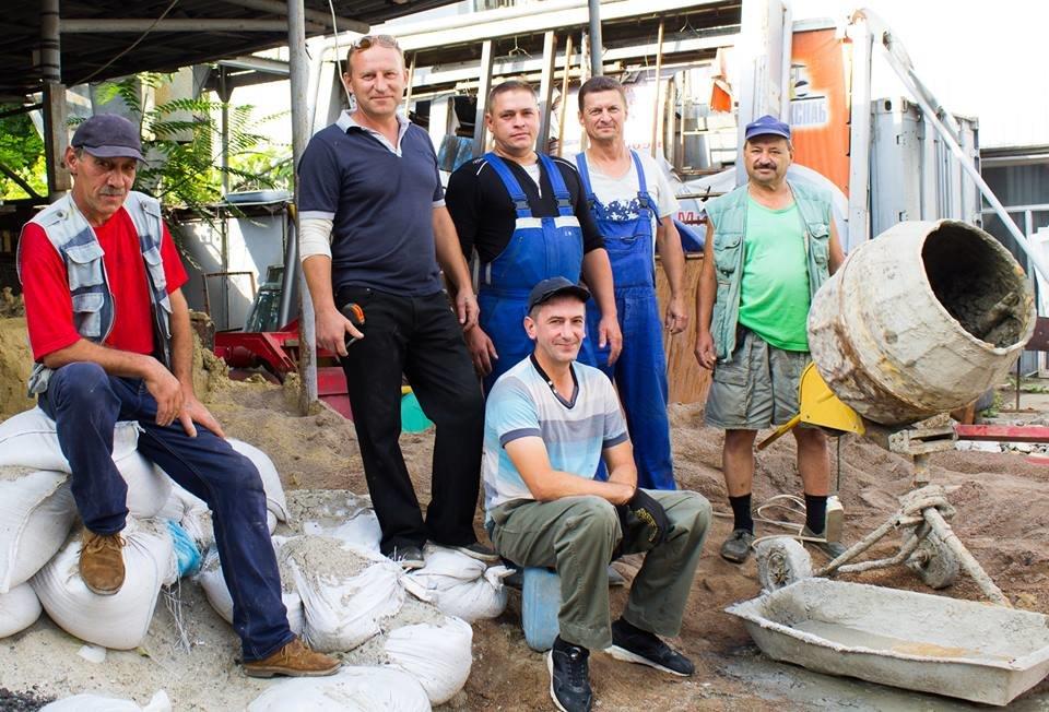 В Черноморске поздравили с профессиональным праздником сотрудников коммунальных предприятий, фото-11