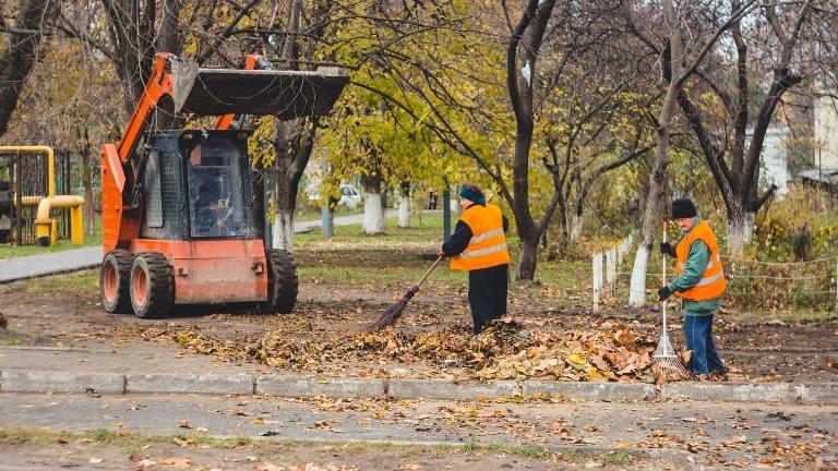 В Черноморске поздравили с профессиональным праздником сотрудников коммунальных предприятий, фото-7