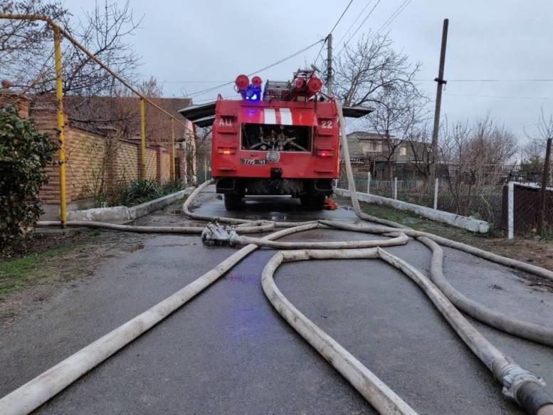 Черноморские спасатели тушили огонь в Молодёжном, фото-3