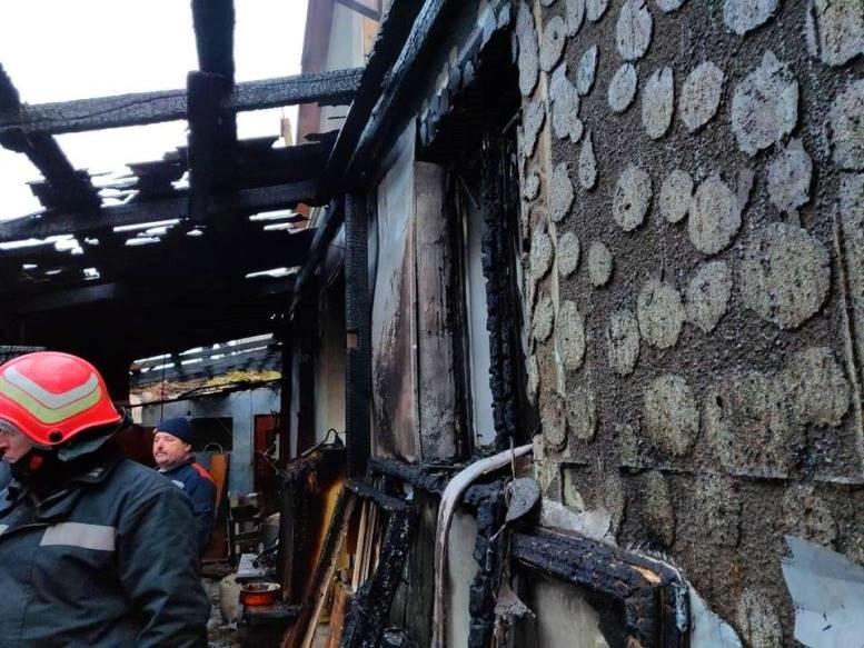 Черноморские спасатели тушили огонь в Молодёжном, фото-1