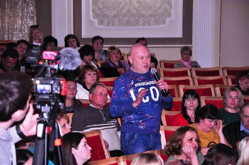 «За что же мы тогда воюем, если у нас не будет культуры?»: Максим Степанов встретился в Черноморске с работниками культуры (видео), фото-2