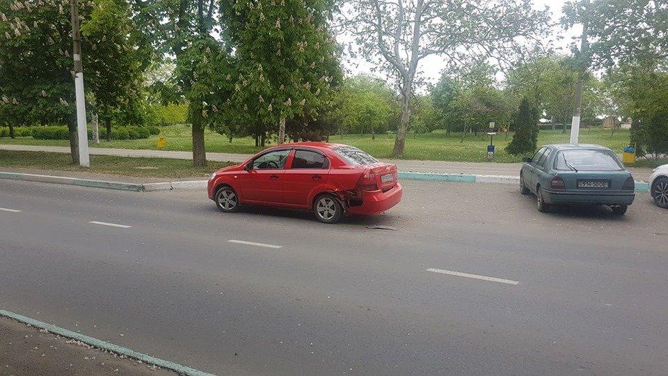 Утро понедельника в Черноморске началось с шедеврального ДТП, фото-10