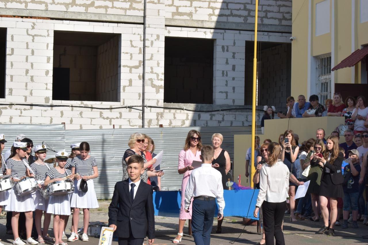 В школах Черноморска прозвенел последний звонок (ВИДЕО), фото-2