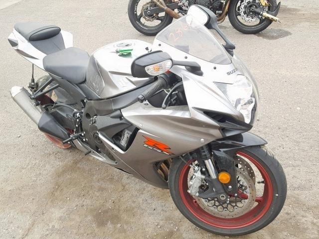 В Черноморске обнаружили украденный мотоцикл и автомобиль, фото-1