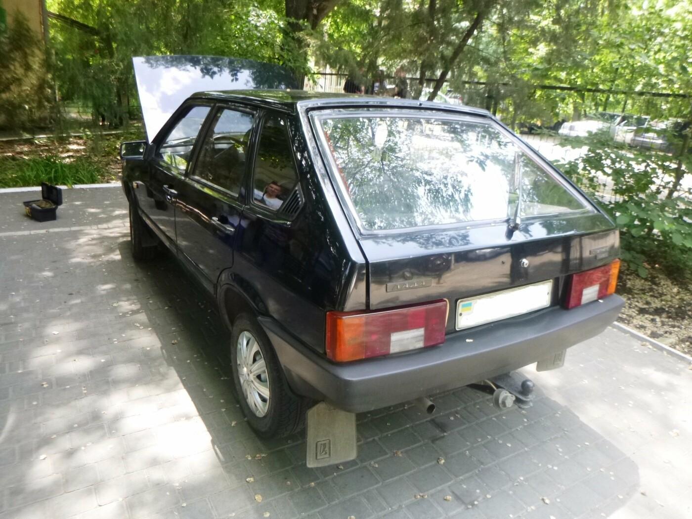 В Черноморске обнаружили украденный мотоцикл и автомобиль, фото-2