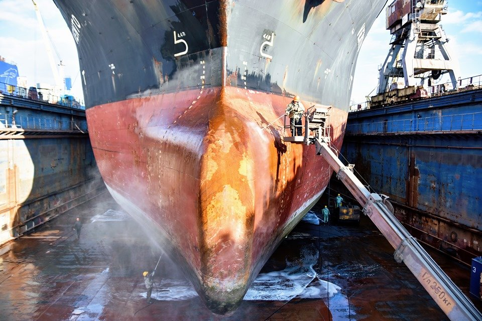 Председатель правления ЧАО «ИСРЗ» Михаил Дудников рассказал о работе завода в первом полугодии (видео), фото-3