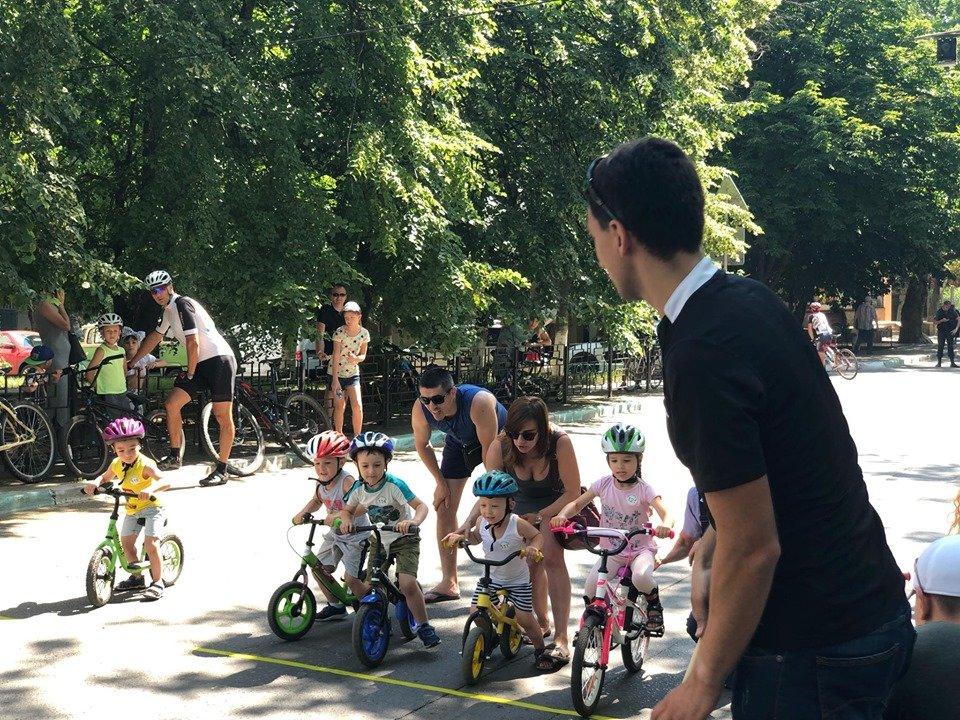 В Черноморске прошел критериум по велоспорту (видео), фото-3