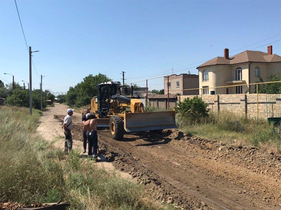 Облагораживание дорог под Черноморском, фото-1