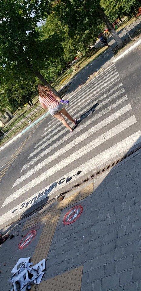 Стоп, пешеход! В Черноморске напоминают, что нужно останавливаться перед пешеходным переходом, фото-5