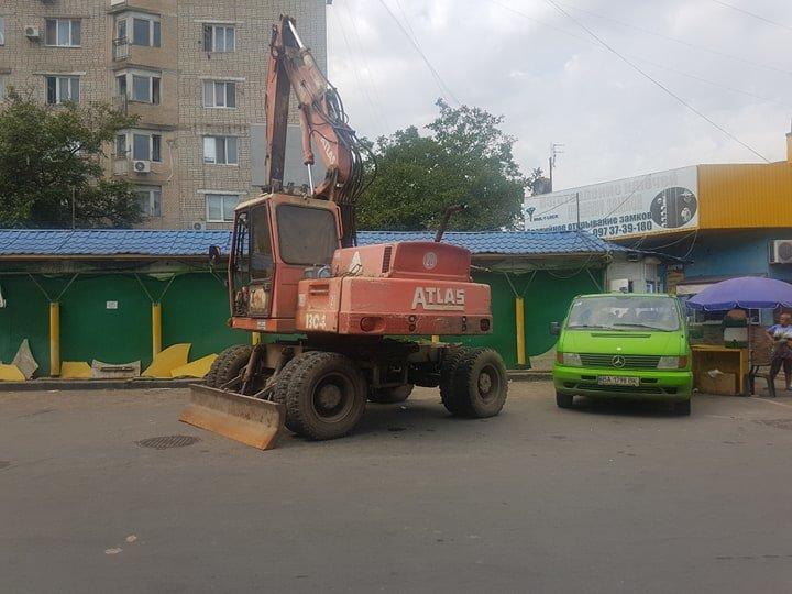 В Черноморске на «Вечернем» рынке снесут павильоны (+видео), фото-9