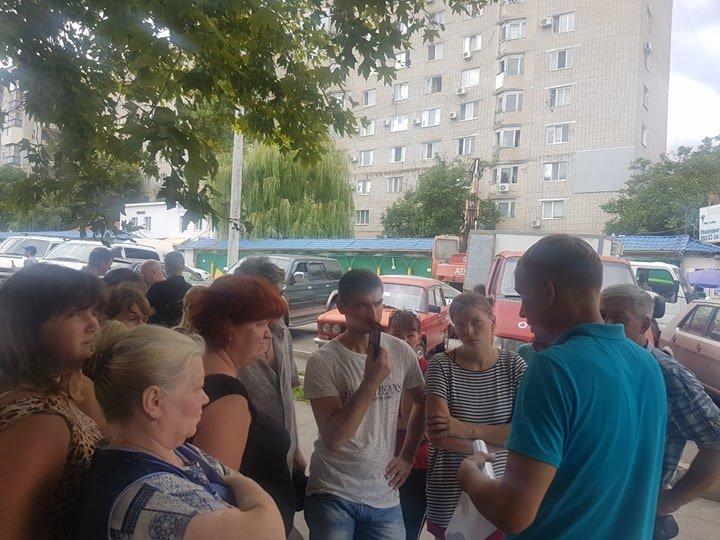 В Черноморске на «Вечернем» рынке снесут павильоны (+видео), фото-4