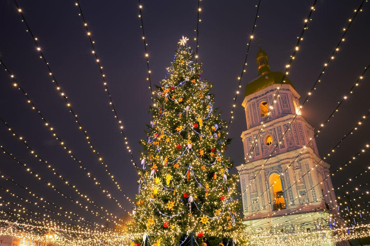 Главная елка Украины вошла в топ-5 самых красивых елок Европы, фото-5