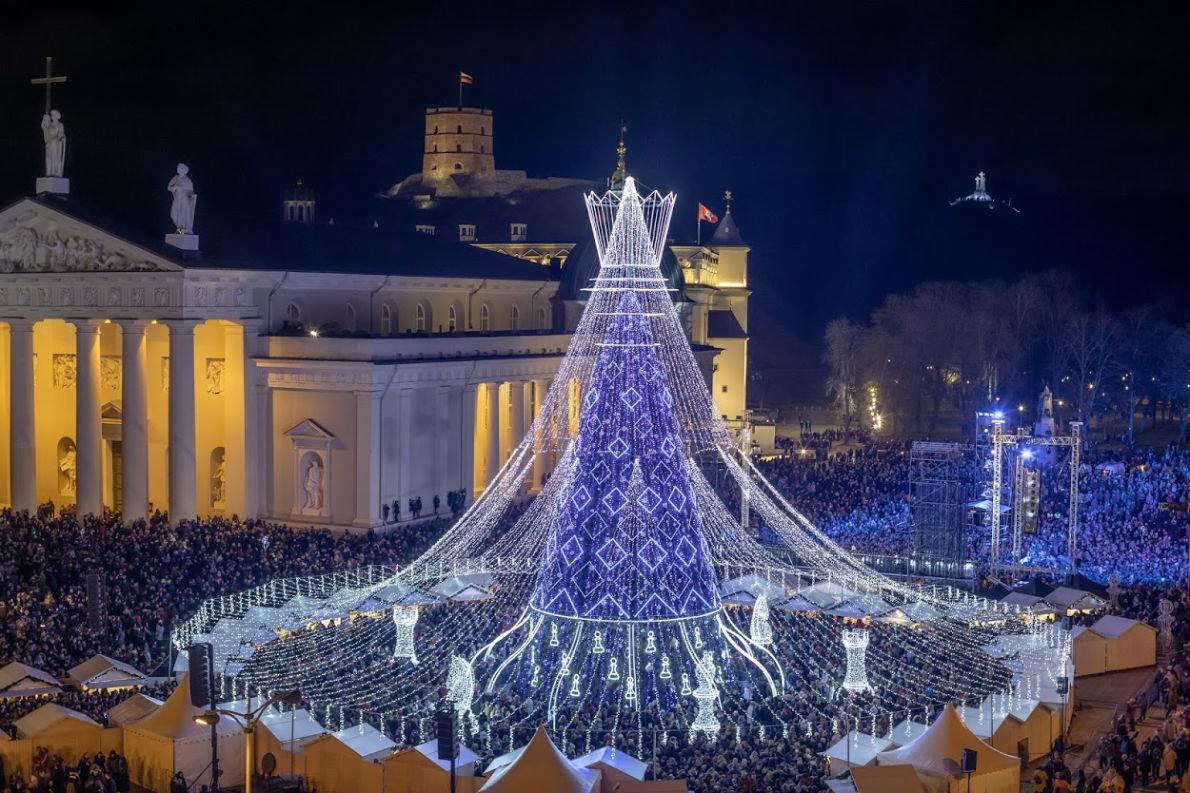 Главная елка Украины вошла в топ-5 самых красивых елок Европы, фото-1
