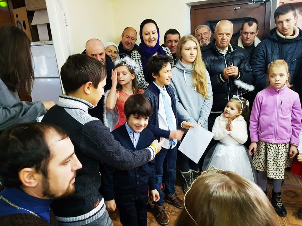 В Малодолинском Свято-Воскресенском храме завершили внутренние отделочные работы к Рождеству, фото-12