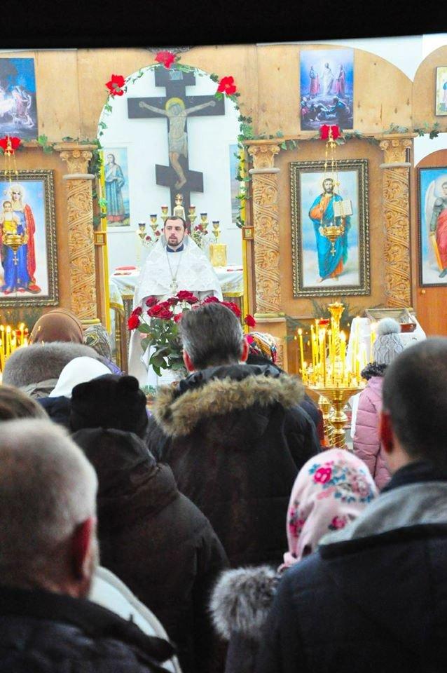 В Малодолинском Свято-Воскресенском храме завершили внутренние отделочные работы к Рождеству, фото-1