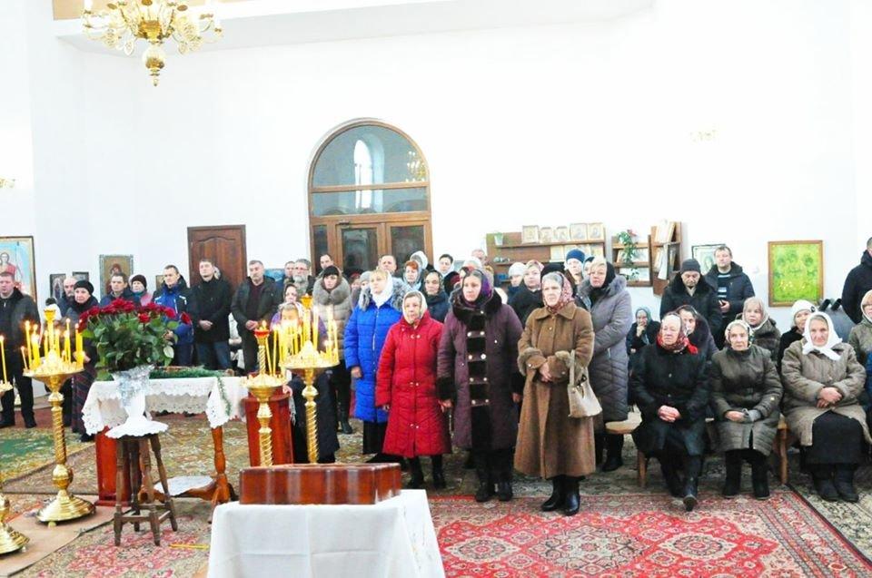 В Малодолинском Свято-Воскресенском храме завершили внутренние отделочные работы к Рождеству, фото-2
