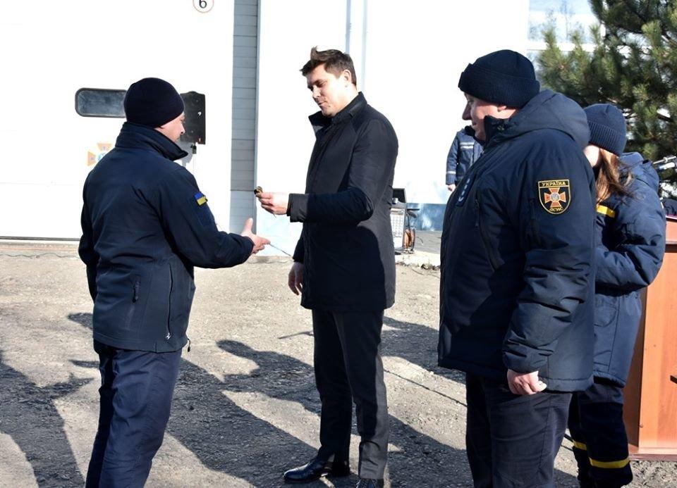 Снегоболотоход и автогрейдер: спасателям Одесской области вручили новую технику , фото-2