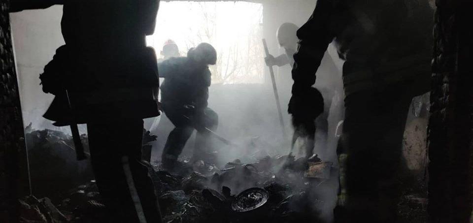 Жители Черноморска поблагодарили пожарных за спасённые жизни , фото-1