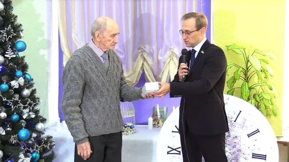 86-летний пенсионер из Черноморска – победитель новогоднего конкурса видеороликов, фото-5