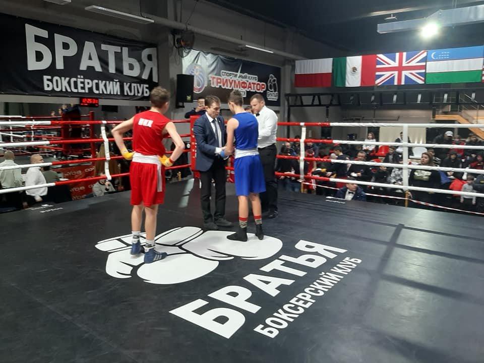 Боксеры Черноморска на Чемпионате области завоевали три «золота» и одно «серебро», фото-1