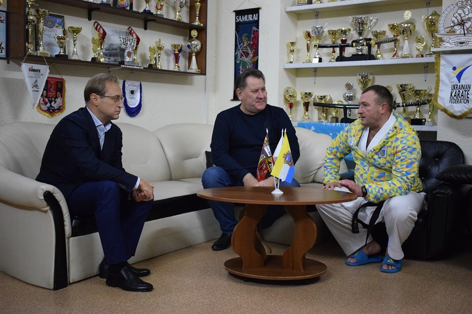 Тренер черноморской «Катаны» - победитель новогоднего конкурса видеороликов, фото-1