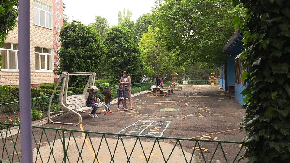 Детсады Черноморска соблюдают все необходимые требования при приёме детей (видео), фото-4