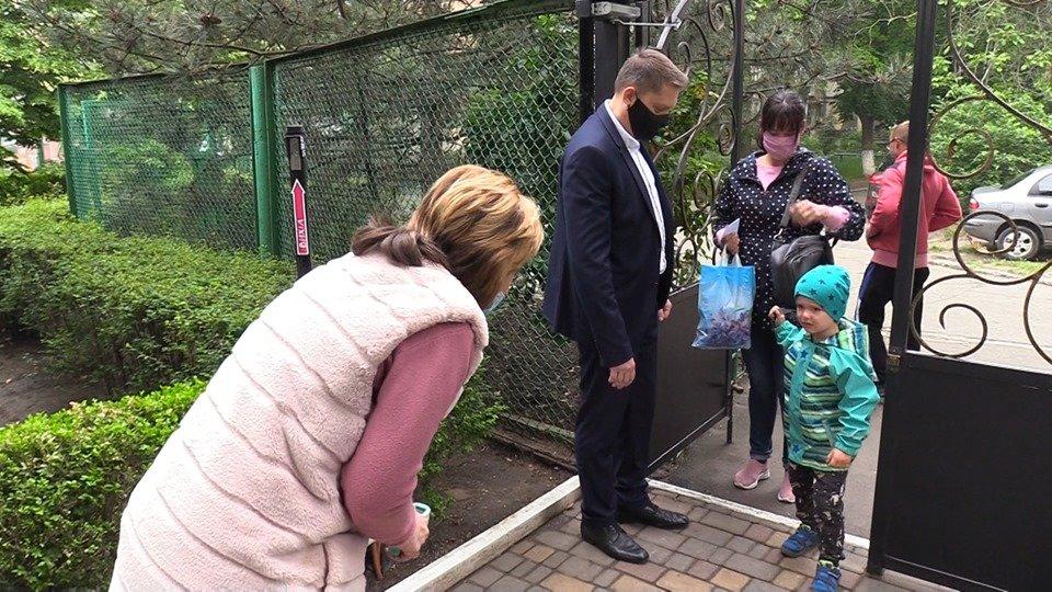 Детсады Черноморска соблюдают все необходимые требования при приёме детей (видео), фото-5