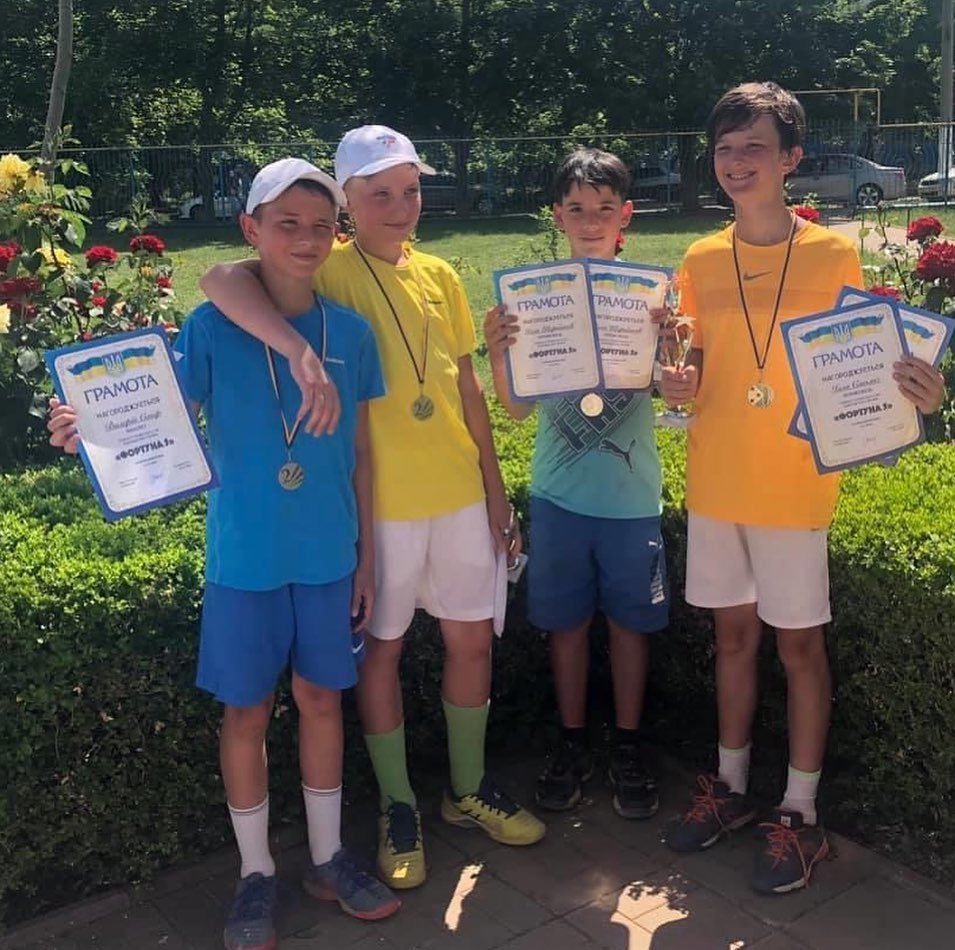 Карантин позади: черноморские теннисисты – победители турнира, фото-1